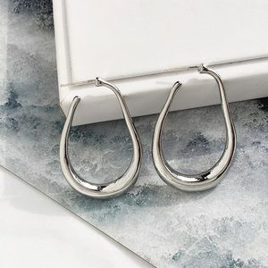 Minimalist Geometric U-shaped Hoop Earrings